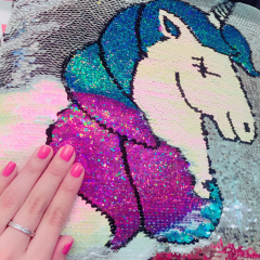 Does print change when we pat? Quite popular Unicorn goods♡♡